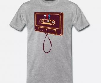 T-Shirt Herren mit Druck Spreadshirt 3 Fragezeichen Kassette Hörspiel